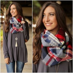 ✨LAST ONE ✨Navy-Red Plaid Infinity Scarf